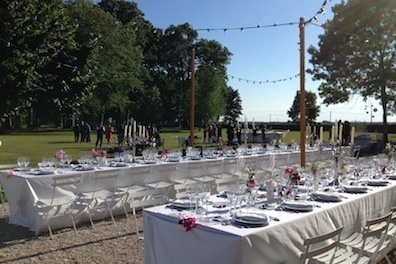 1405_Renata outdoor wedding_Chateau de Varennes_003_dinner_396_264