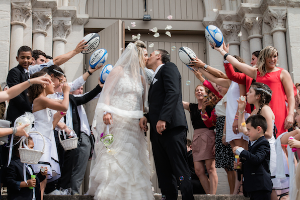 1406_Malice_Lionel Beauxis_celebrity wedding_Chateau de Varennes_013_exit of ceremony with rugby players_596