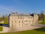 drone flyover vide_Chateau de Varennes_front_002_150