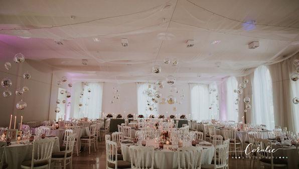 1608_pauline_muneer_dinner_orangery_dinner-tables_flower-bubbles_596